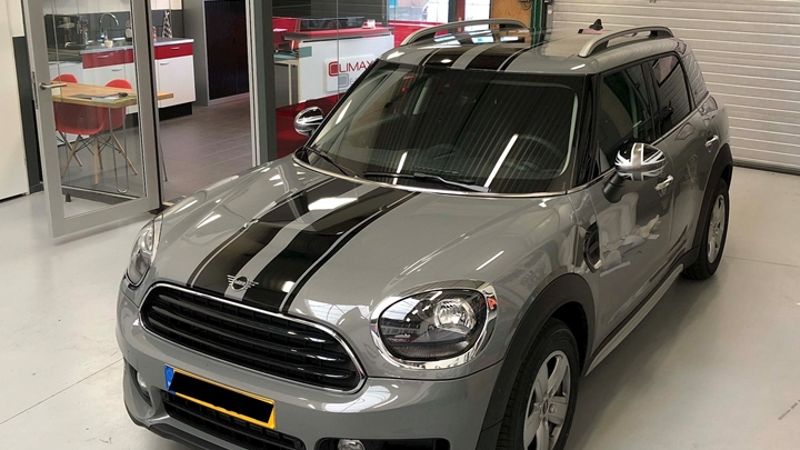 STRIPING MINI COUNTRYMAN.jpg