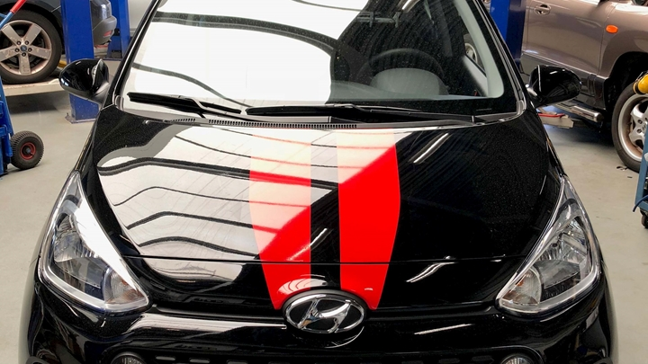 STRIPING HYUNDAI.jpg